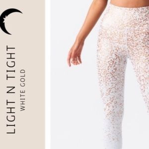 ZYIA LNT White Stay Gold Light n Tight rise